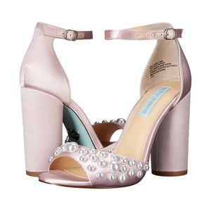 Betsey Johnson Cara Blush Satin Pearl Heels 6